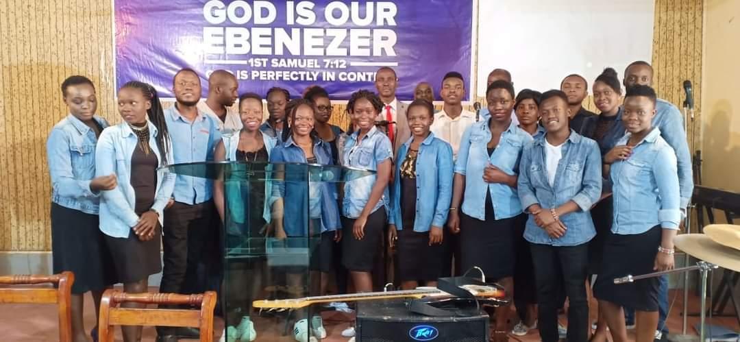 Chosen_praise_team_FCD_Praise_and_Worship_Team